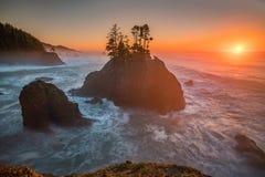 Gouden sunet van de kust van Oregon Stock Foto