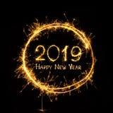 Gouden tekst Gelukkig Nieuwjaar 2019 in rond kader royalty-vrije illustratie