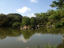 Gouden tempel in Kyoto, park Royalty-vrije Stock Foto's