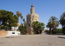 Gouden Toren in Sevilla stock afbeelding