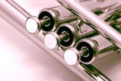 Gouden trompet royalty-vrije stock fotografie