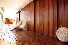 Gouden wood spa hangmat openluchthuis Stock Fotografie