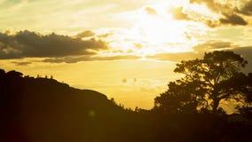 Gouden Zonsondergang die Dag verlaten stock videobeelden