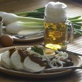 Goulash de carne com ovo foto de stock royalty free