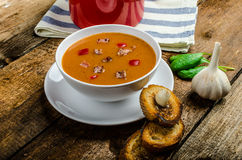 Goulash soup with crispy garlic toast Royalty Free Stock Photography