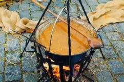 Goulash w garnku Zdjęcie Stock