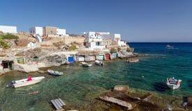 Goupa wioska rybacka, Kimolos wyspa, Cyclades, Grecja Obraz Stock