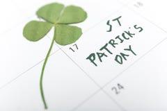 Goupille de calendrier de jour de patricks de St en mars Images stock