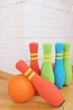 Goupilles colorées molles de roulement photos stock