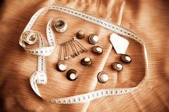 Goupilles de sécurité, boutons et bande de mesure Type de cru Images libres de droits