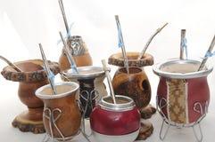 Gourds e bombillas do yerba do companheiro de Argentina   Foto de Stock Royalty Free