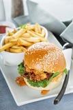 Gourmet burger with avocado and bacon Royalty Free Stock Photos