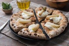 Gourmet découpé en tranches de pizza photographie stock