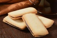 Gourmet- kakor och kaffe Arkivbilder