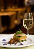 gourmet- vit wine för maträtt Arkivbilder