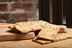 Gourmet whole wheat crackers Royalty Free Stock Photography