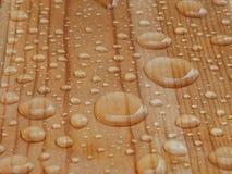 Gouttes de pluie sur l'objet images stock