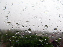 Gouttes de pluie sur la fenêtre Photo libre de droits