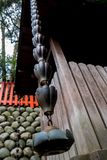 Gouttière de pluie de temple image libre de droits