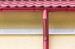 Gouttière de toit photos libres de droits