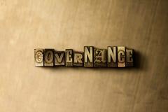 GOUVERNEMENT - plan rapproché de mot composé par vintage sale sur le contexte en métal illustration libre de droits