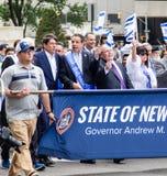 Gouverneur Andrew Cuomo am 55. Jahrbuch 'feiern israelische 'Parade in New York City stockfotografie