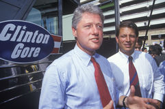 Gouverneur Bill Clinton und Senator Al Gore auf dem Buscapade-Kampagnenausflug 1992 in San Antonio, Texas Stockbild