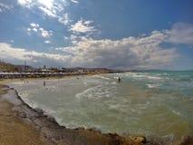 Gouves w Grecja, na Crete wyspie Ładny miejsce odwiedzać na wakacjach letnich Zabawa w morzu Fotografia Stock