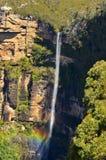 Govetts skok Spada pochodzący w Grose dolinę lokalizować z Zdjęcia Royalty Free