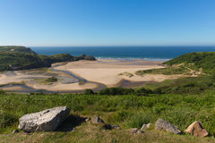 Gower海岸三峭壁海湾威尔士英国在夏天阳光下 库存图片