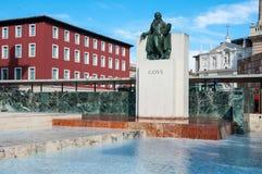 Goya纪念碑在萨瓦格萨,西班牙 免版税库存图片