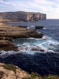 Gozo海岸线,真菌岩石 免版税库存图片