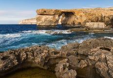 天蓝色的gozo海岛马耳他视窗 免版税库存照片