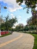 Goztepe parkerar det 60th året i Kadikoy, Istanbul Parkera är det störst parkerar runt om den Bagdat avenyn och Arkivbilder
