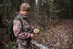 GPS导航员在森林里 库存图片