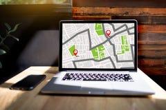 GPS översikt till gatan för läge för anslutning för ruttdestinationsnätverk Royaltyfri Fotografi