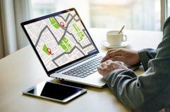 GPS översikt till gatan för läge för anslutning för ruttdestinationsnätverk Royaltyfria Bilder
