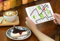 GPS översikt till gatan för läge för anslutning för ruttdestinationsnätverk Arkivfoto