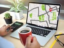GPS составляет карту к улице положения сетевого подключения назначения трассы Стоковые Изображения