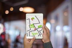 GPS составляет карту к улице положения сетевого подключения назначения трассы Стоковое фото RF