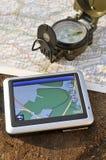 Gps en militair kompas stock foto