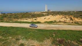 GPS-het volgen voor uw auto Systeem dat u zal helpen om uw gestolen auto te vinden stock footage