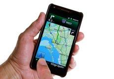 Gps-Straßen-Navigation durch Smartphone Stockbilder