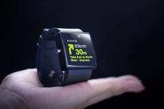 GPS-toepassing met smartwatch Royalty-vrije Stock Afbeeldingen