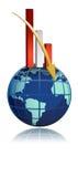 gráfico de barra de queda do negócio global sobre o globo Fotografia de Stock Royalty Free