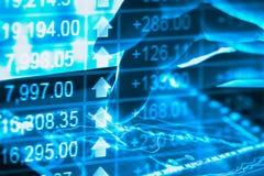 Gráfico de los datos del mercado de acción y financiero con el análisis común ind Imagen de archivo libre de regalías