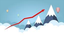 Gráfico de negócio Seta vermelha Na montanha alta do fundo com céu fotos de stock