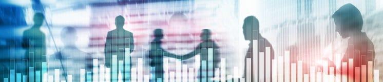 Gráfico do negócio e da finança no fundo borrado Conceito da troca, do investimento e da economia Bandeira de encabeçamento do We imagem de stock