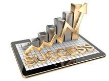 Gráfico do ouro e carta no PC da tabuleta - conceito do sucesso Foto de Stock Royalty Free