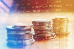 Gráfico do stoc financeiro do sumário da análise do indicador do mercado de valores de ação Imagens de Stock